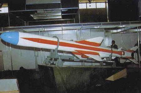 موشک C-802